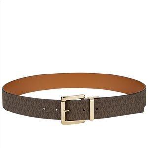 Michael Kors Reversible Leather Belt Small